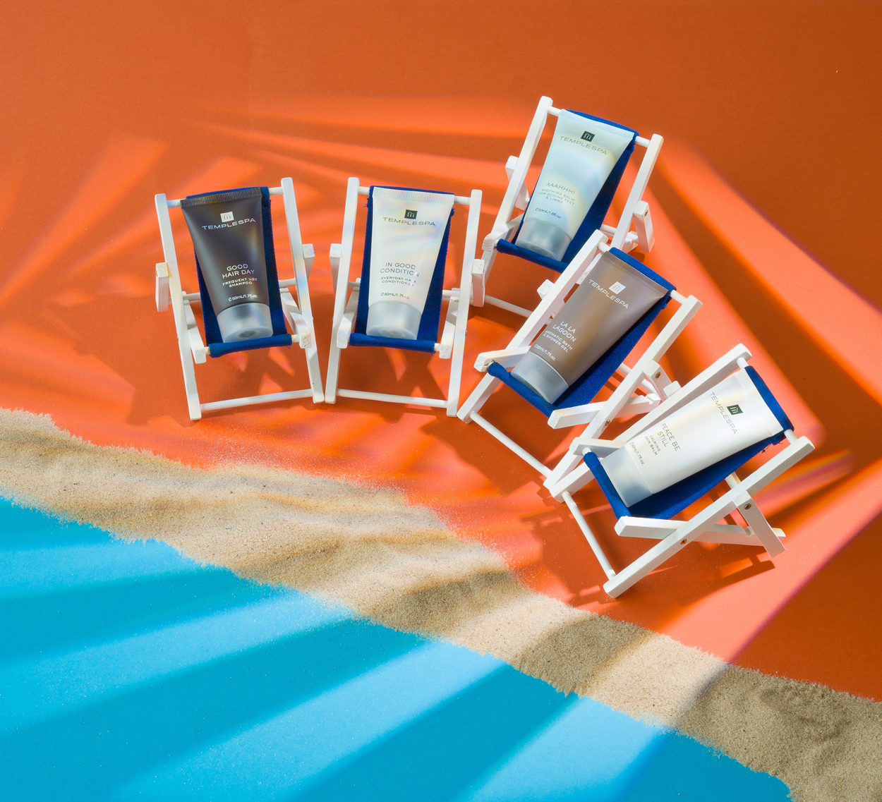 Deckchairs with products